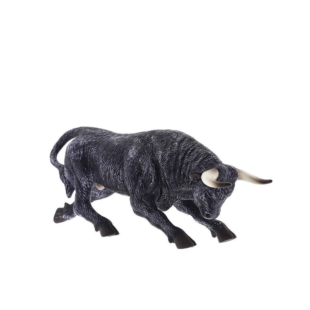 Toro Bravo Agachado